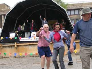 Kings Square Dancing